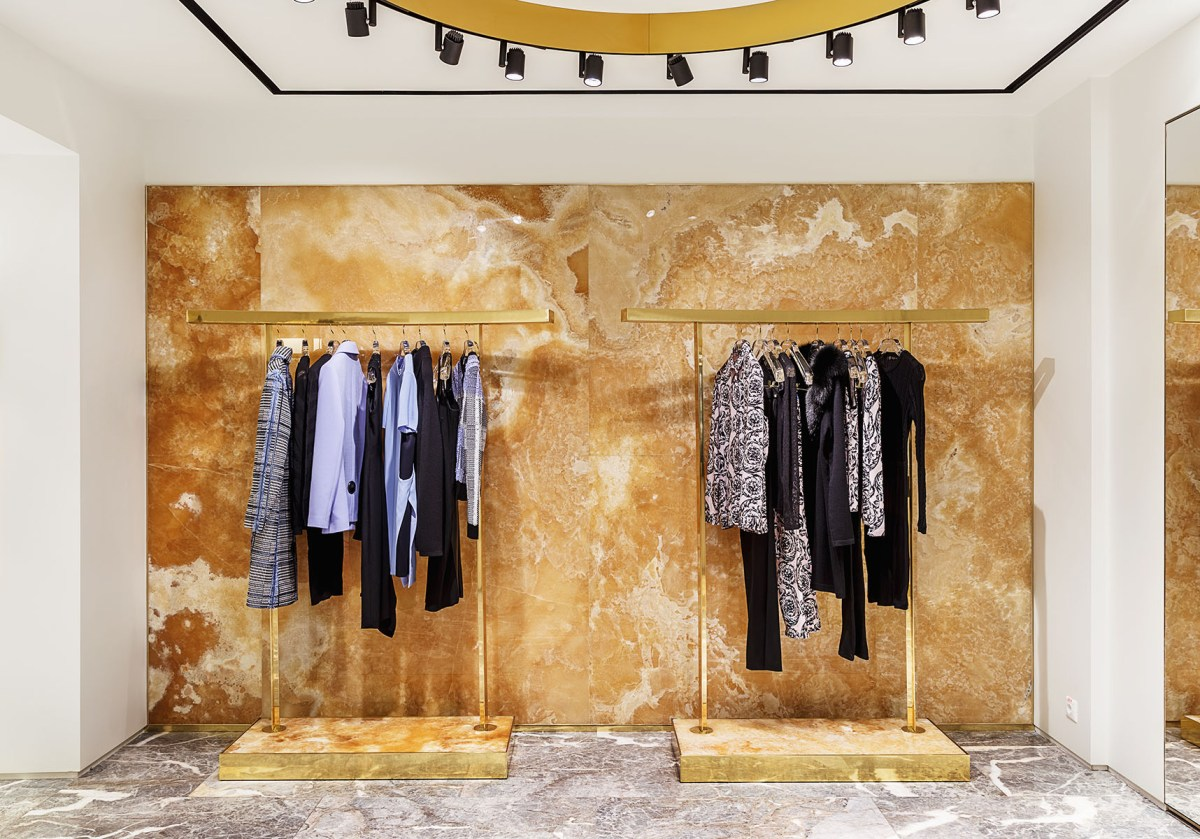Versace-moscow-store-scout-the-impression-05