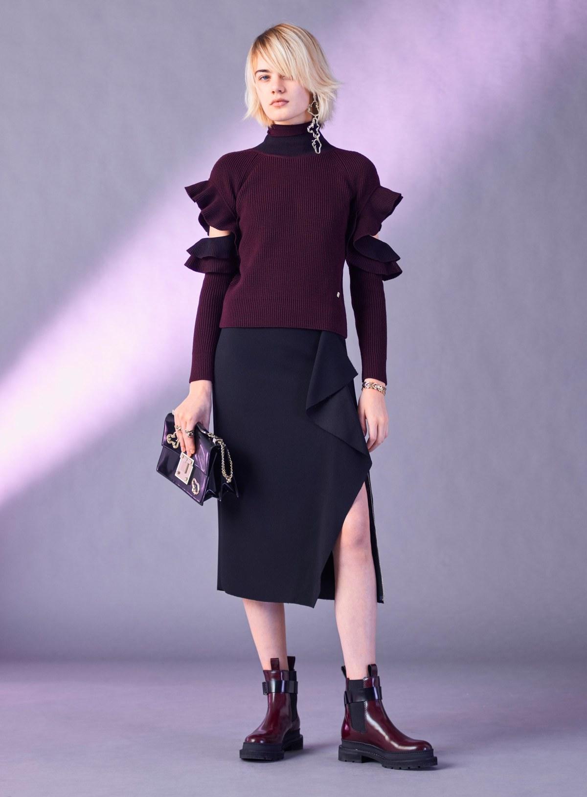 versace-pre-fall-2017-fashion-show-the-impression-19