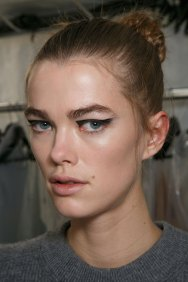 Vionnet-spring-2016-beauty-fashion-show-the-impression-03