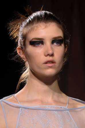 Vionnet-spring-2016-runway-beauty-fashion-show-the-impression-10