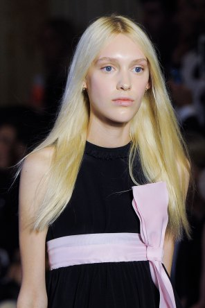 Vivetta-spring-2016-runway-beauty-fashion-show-the-impression-34