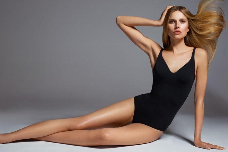 Wolford-spring-2017-ad-campaign-the-impression-09