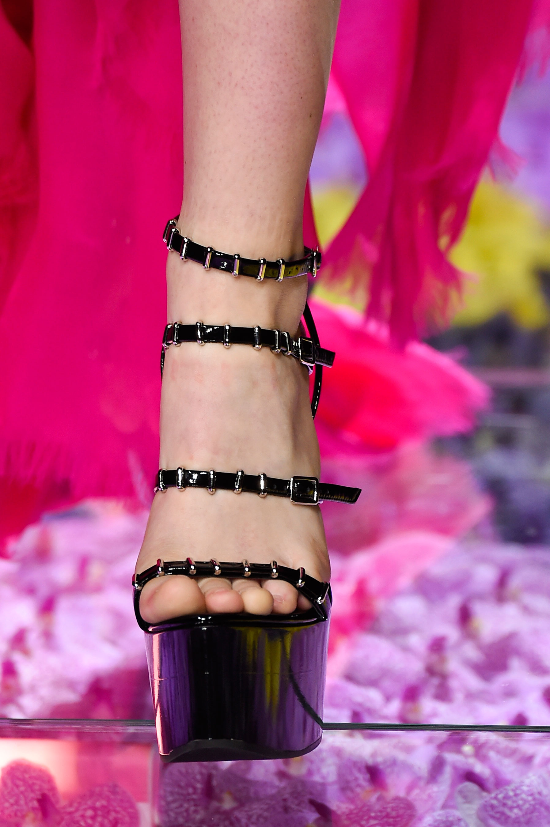 atelier-versace-close-ups-fall-2015-couture-the-impression-069