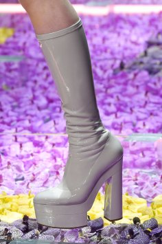 atelier-versace-close-ups-fall-2015-couture-the-impression-113