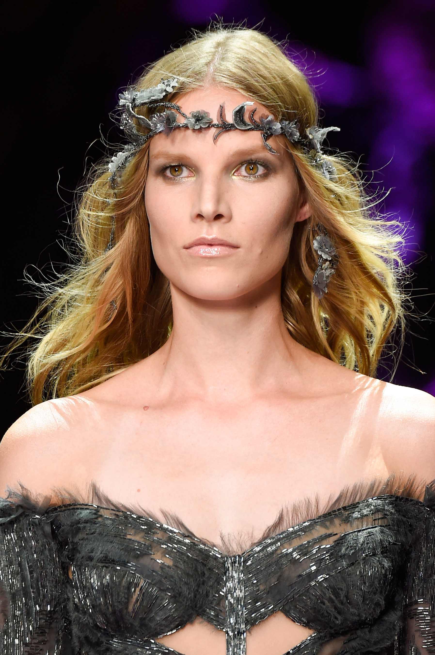 atelier-versace-close-ups-fall-2015-couture-the-impression-169