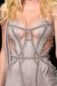 atelier-versace-close-ups-fall-2015-couture-the-impression-212