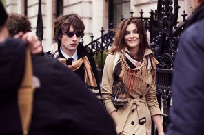 Burberry behind the scenes fall 2015 ad campaign photo
