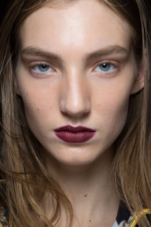 burberry-spring-2016-beauty-fashion-show-the-impression-56