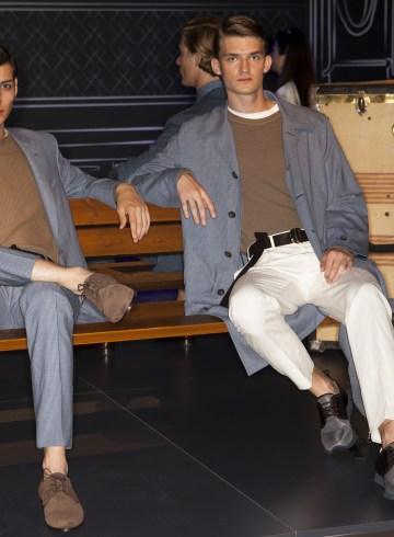 Canali Spring 2018 Men's Fashion Show