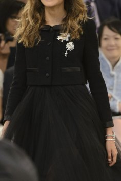 chanel-close-ups-fall-2015-couture-show-the-impression-012