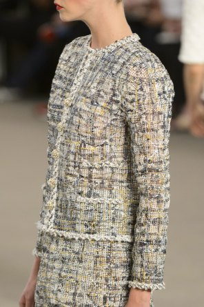 chanel-close-ups-fall-2015-couture-show-the-impression-030