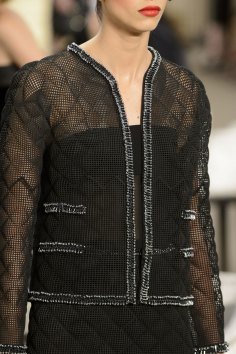chanel-close-ups-fall-2015-couture-show-the-impression-044