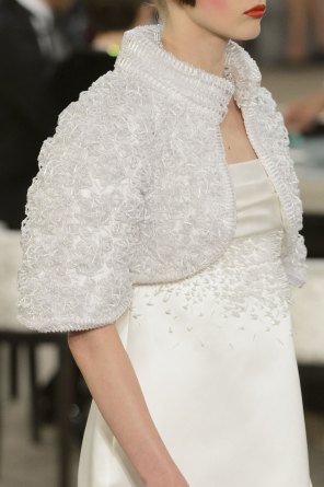 chanel-close-ups-fall-2015-couture-show-the-impression-117