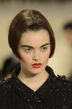 chanel-close-ups-fall-2015-couture-show-the-impression-132