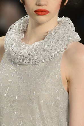 chanel-close-ups-fall-2015-couture-show-the-impression-174