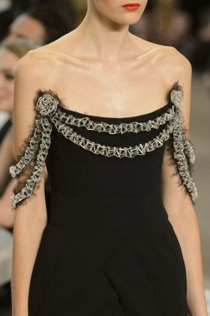 chanel-close-ups-fall-2015-couture-show-the-impression-187