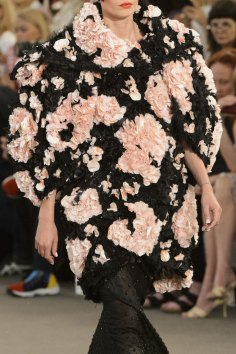 chanel-close-ups-fall-2015-couture-show-the-impression-192