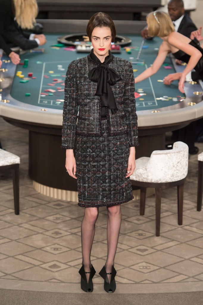 chanel-fall-2015-couture-show-the-impression-005