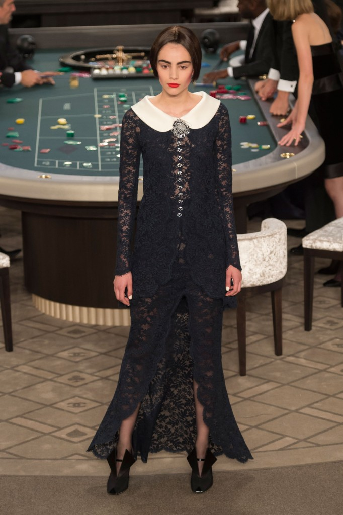 chanel-fall-2015-couture-show-the-impression-058