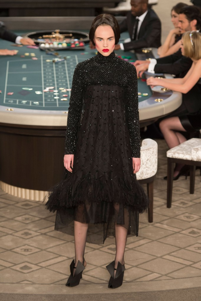 chanel-fall-2015-couture-show-the-impression-062