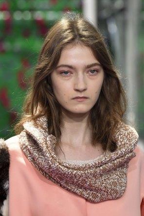 dior-close-ups-fall-2015-couture-the-impression-007