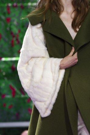 dior-close-ups-fall-2015-couture-the-impression-009