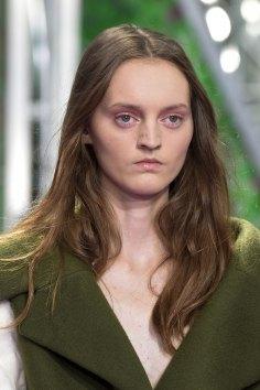 dior-close-ups-fall-2015-couture-the-impression-011
