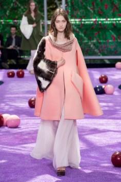 dior-fall-2015-couture-the-impression-003-682x1024