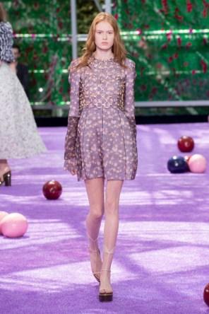 dior-fall-2015-couture-the-impression-030-682x1024