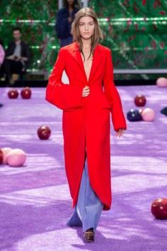 dior-fall-2015-couture-the-impression-033-682x1024