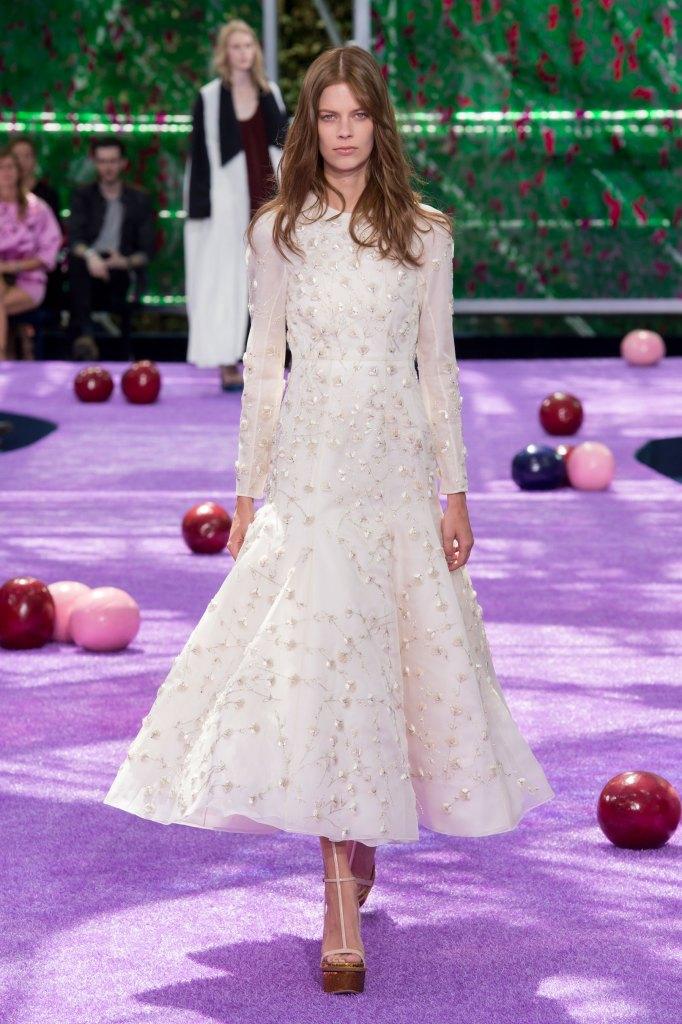 dior-fall-2015-couture-the-impression-056