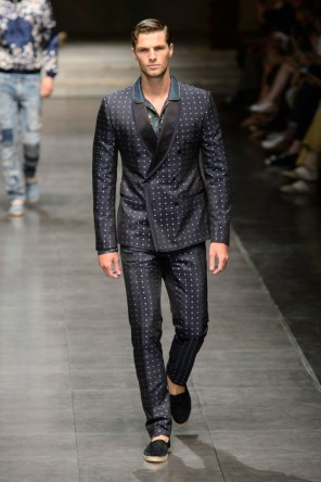 dolce-and-gabbana-mens-spring-2016-the-impression-013-682x1024