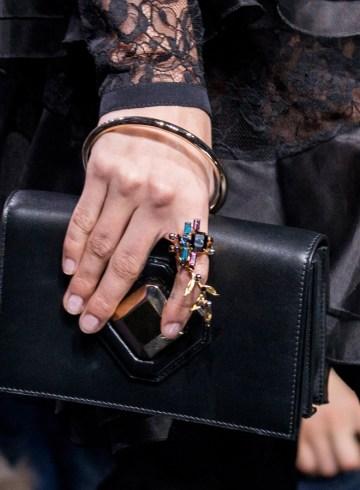 Elie Saab Fall 2017 Fashion Show Details