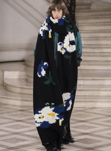 Etudes Fall 2017 Menswear Fashion Show