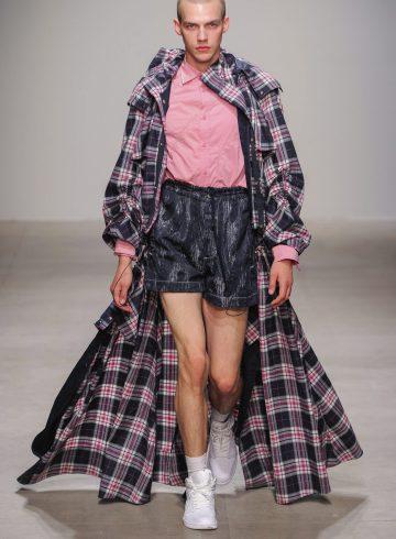 Feng Chen Wang Spring 2018 Men's Fashion Show