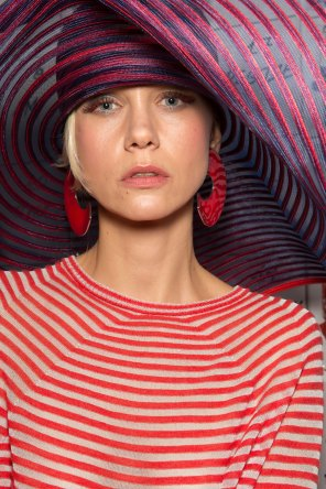 giorgio-armani-spring-2016-beauty-fashion-show-the-impression-06