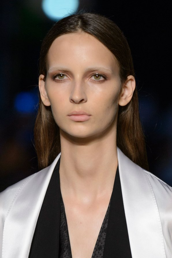 givenchy-runway-beauty-spring-2016-fashion-show-the-impression-06