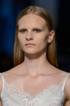 givenchy-runway-beauty-spring-2016-fashion-show-the-impression-33