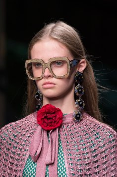 gucci-beauty-spring-2016-fashion-show-the-impression-016