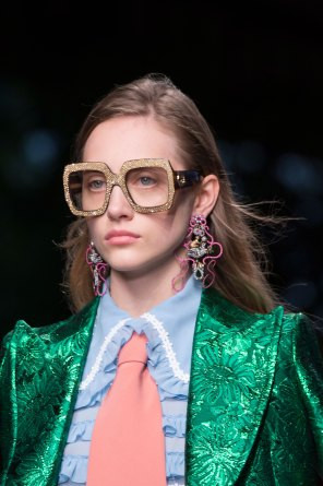 gucci-beauty-spring-2016-fashion-show-the-impression-028