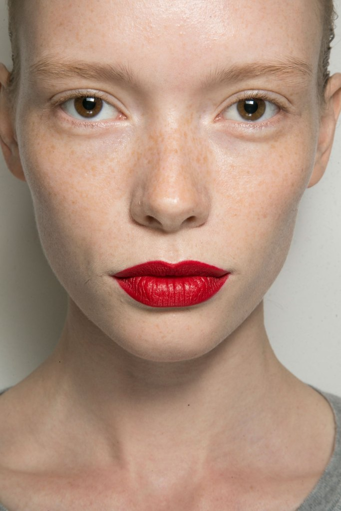 jason-wu-backstage-beauty-spring-2016-fashion-show-the-impression-06