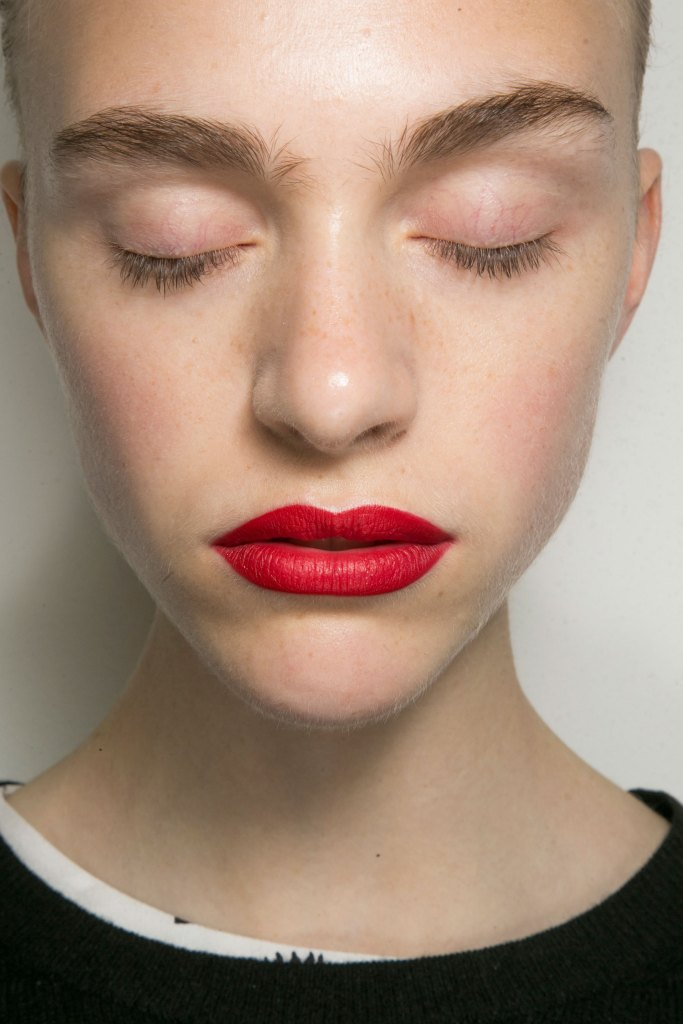 jason-wu-backstage-beauty-spring-2016-fashion-show-the-impression-11