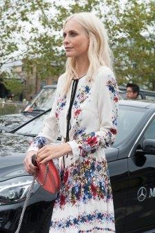 london-fashion-week-day-4-street-style-spring-2016-fashion-show-the-impression-055