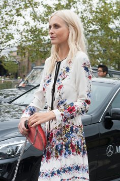 london-fashion-week-day-4-street-style-spring-2016-fashion-show-the-impression-055