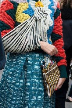 london-fashion-week-day-4-street-style-spring-2016-fashion-show-the-impression-057