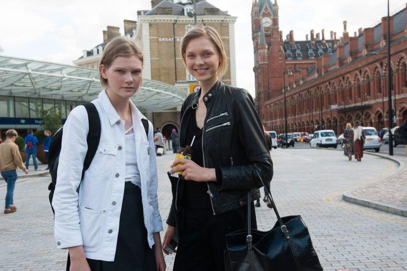 london-fashion-week-street-style-day-2-spring-2016-fashion-show-the-impression-024