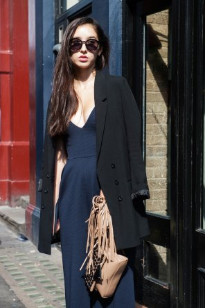 london-fashion-week-street-style-day-2-spring-2016-fashion-show-the-impression-072
