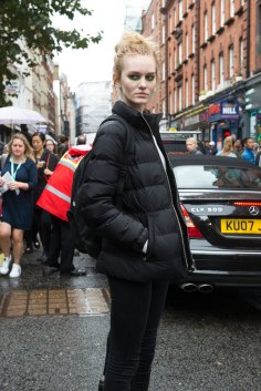 london-fashion-week-street-style-day-5-spring-2016-fashion-show-the-impression-035