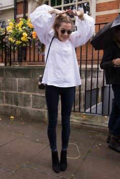 london-fashion-week-street-style-day-5-spring-2016-fashion-show-the-impression-044