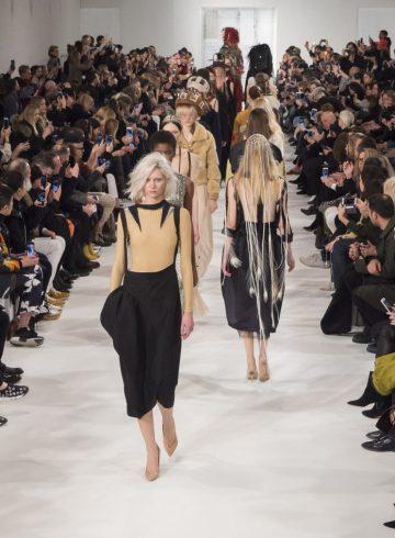 Maison Margiela Fall 2017 Fashion Show Atmosphere Cont.